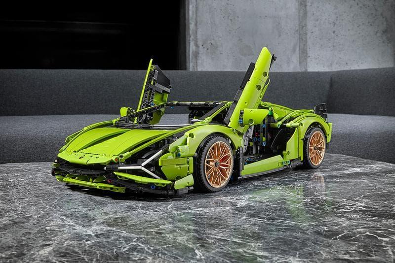 LEGO Technic 推出 Lamborghini 最新混能超跑 Sian 的積木模型
