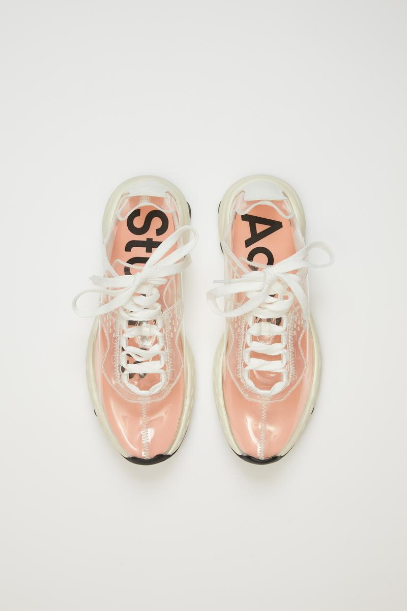 Acne Studios 为 N3W 运动鞋推出全新透明版本
