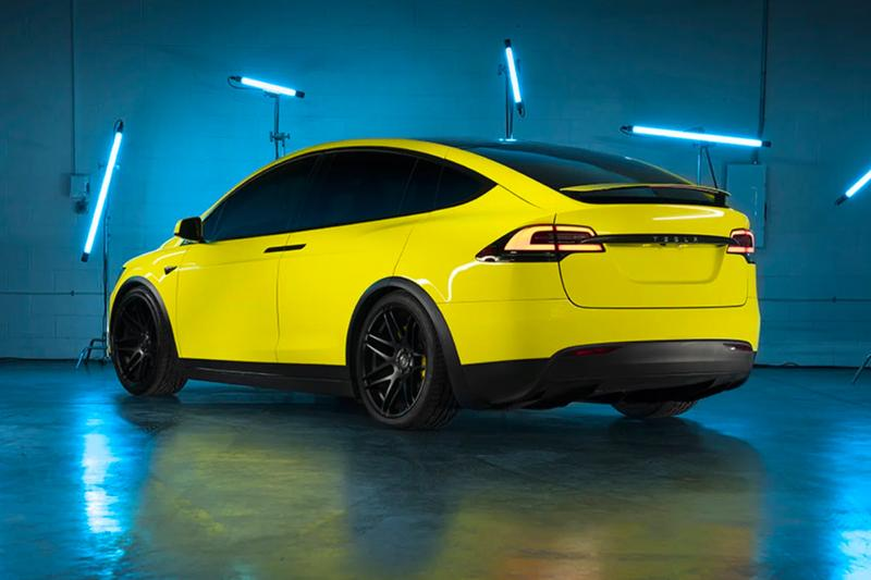 Tesla 正式推出自家原廠車體改色包膜服務