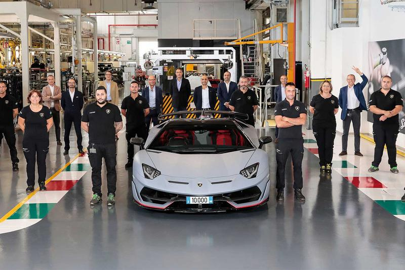 Lamborghini 人氣車型 Aventador 正式迎來發售 10,000 輛里程碑