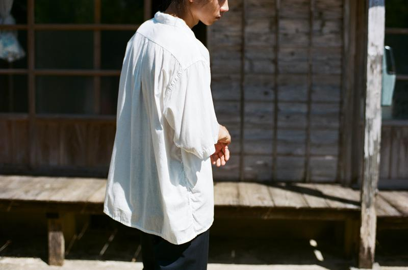 COMOLI 2021 春夏系列 Lookbook 正式登場