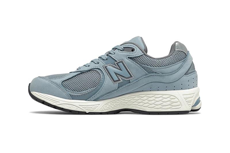 New Balance 2002R 推出灰藍兩款全新配色