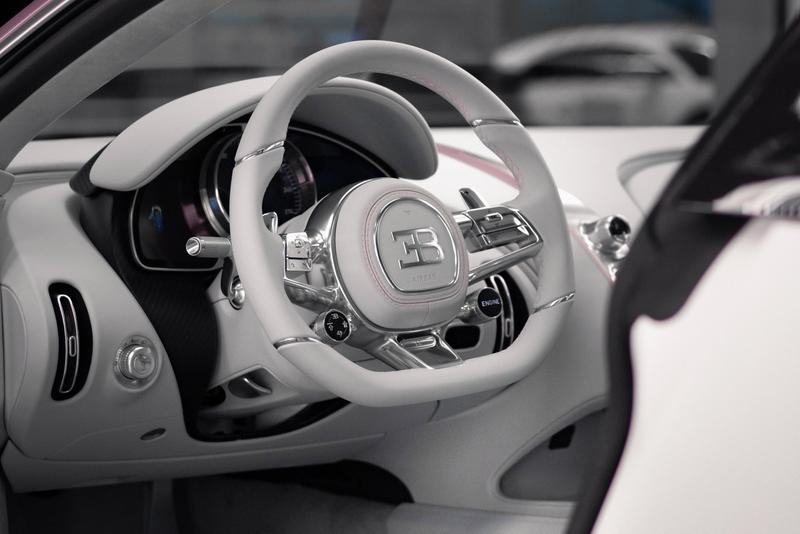 Bugatti 揭示全新情人節專屬 Chiron Sport 定製車款