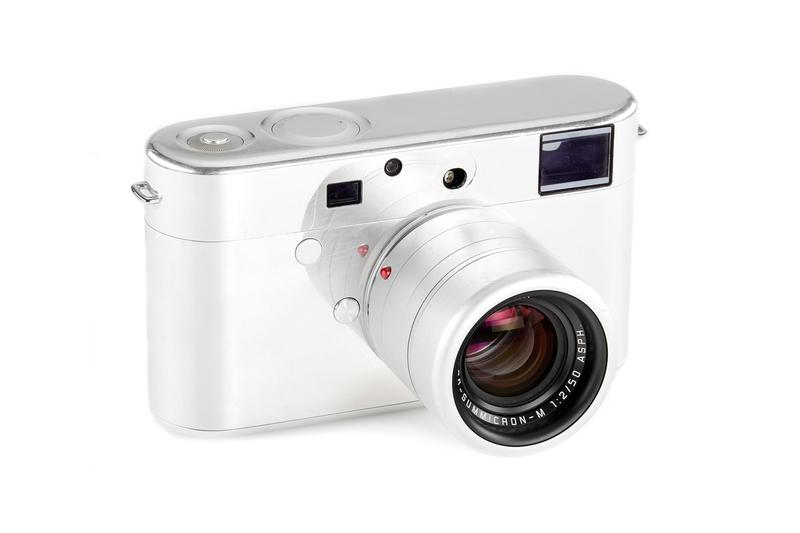 Jony Ive x Marc Newson 打造僅有一台 Leica 原型機即將拍賣
