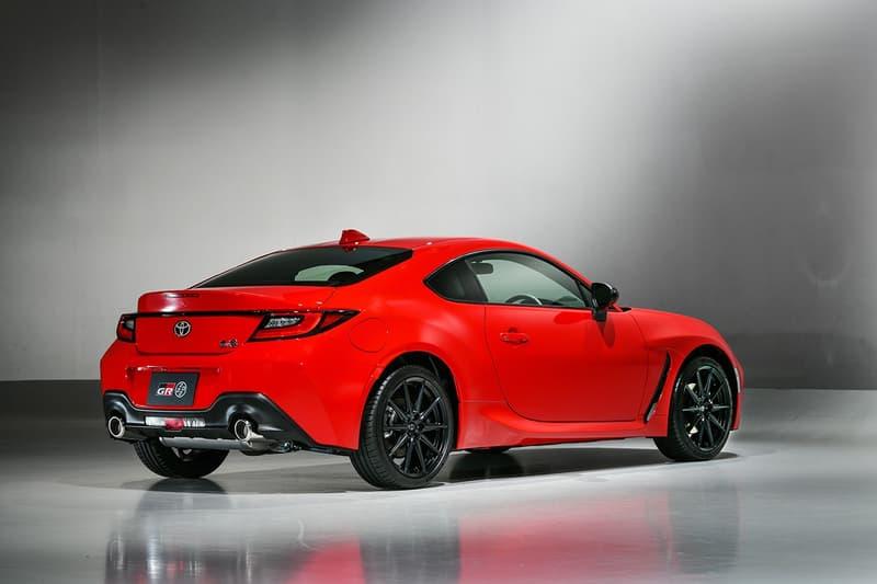 Toyota 正式發表全新 2022 年式樣 GR 86 車型