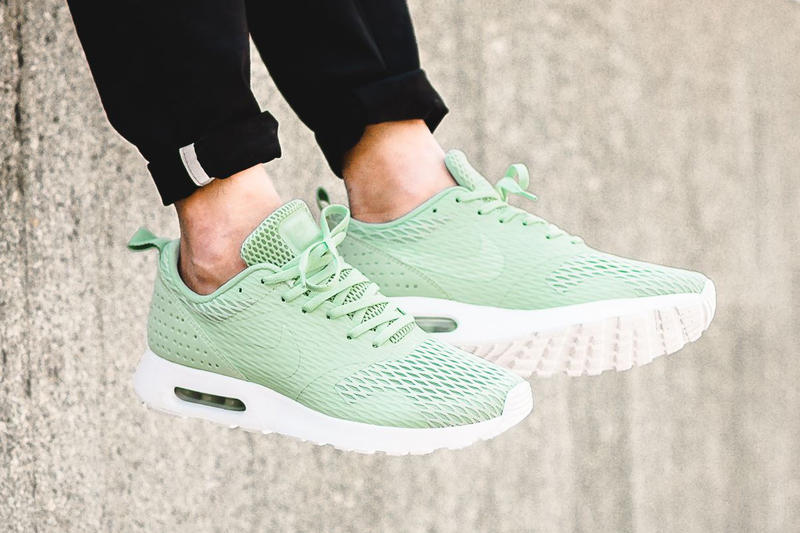 online store 7d283 0ab10 Nike Drops a Special Edition Air Max Tavas In