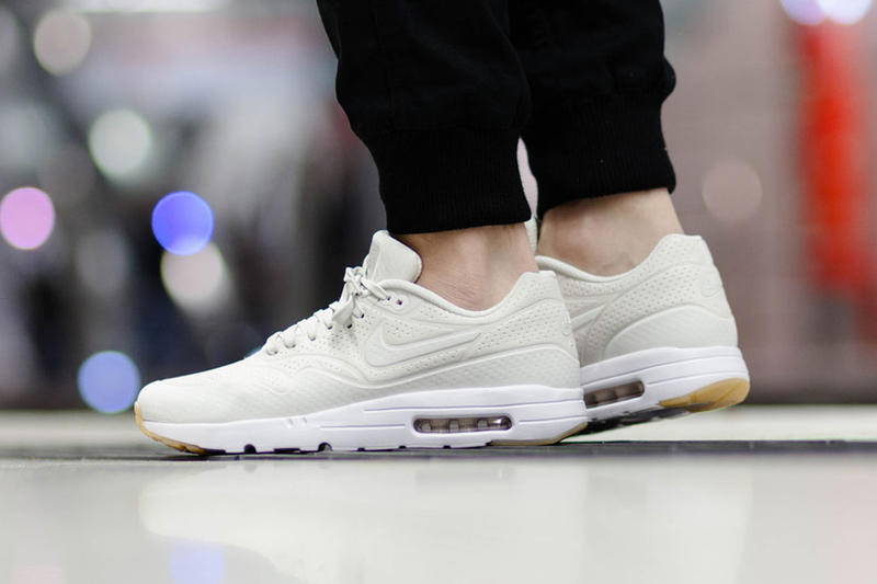 1d0fbd424df Nike Air Max 1 Ultra Moire