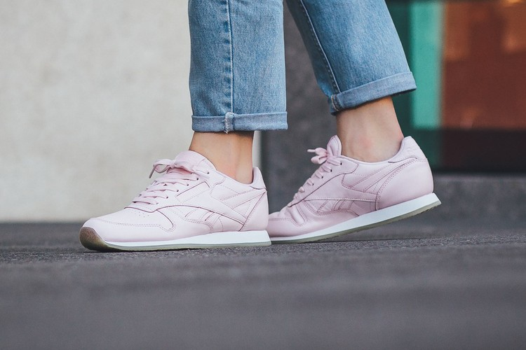 Gemidos Caucho Mujer joven  Reebok Classic Leather Crepe Neutral | HYPEBAE