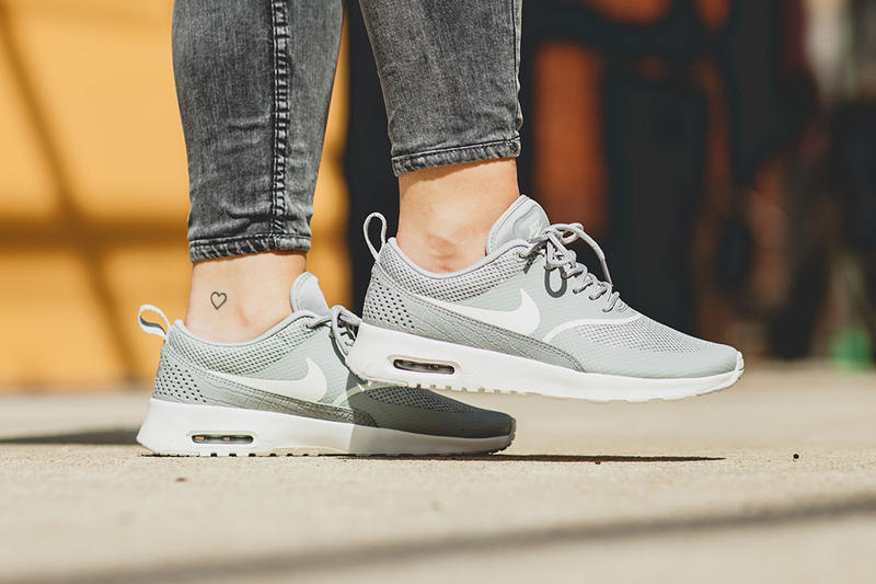 8850809cb358 The Nike Air Max Thea Receives A