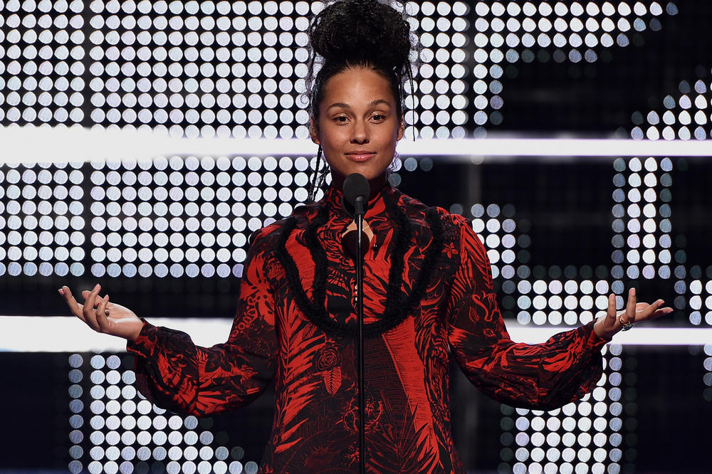Alicia Keys Criticisim No-Makeup Response