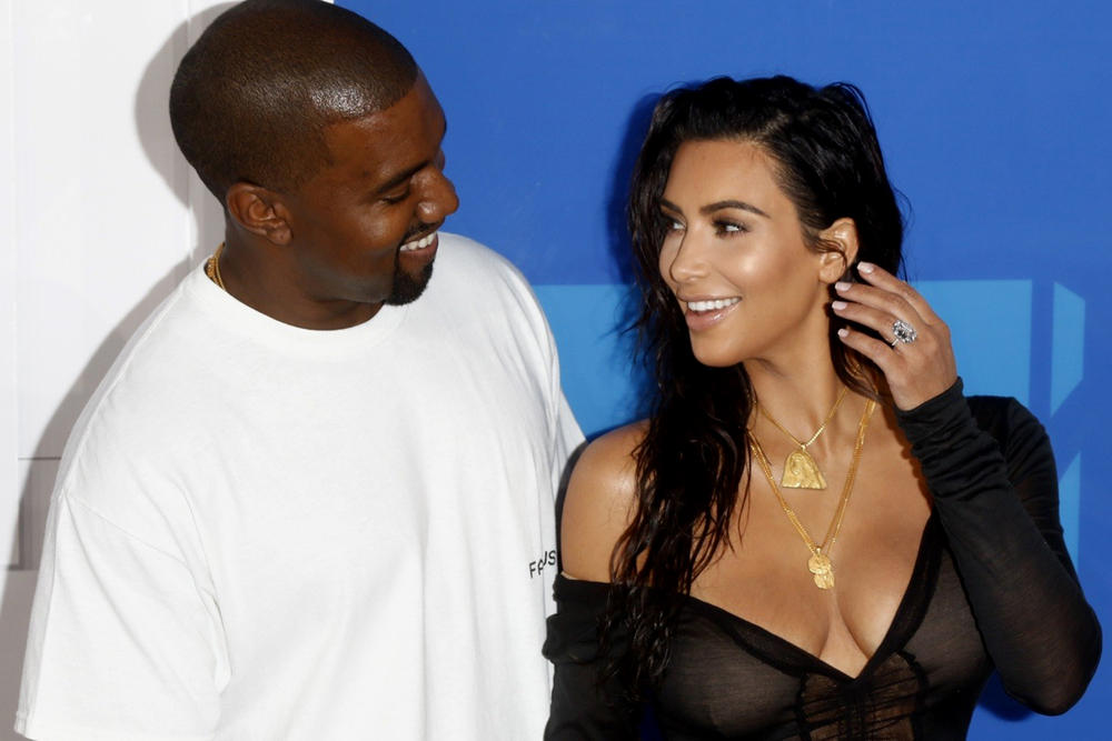 Kim Kardashian Kanye West MTV VMA 2016