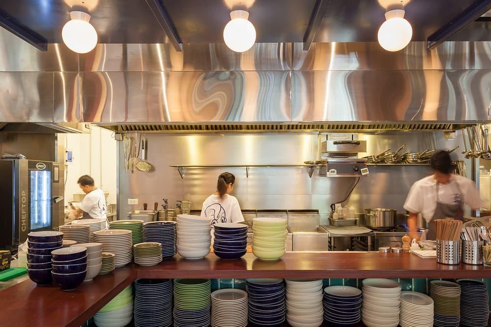 hong kong little bao bangkok thailand restaurant diner burgers interior design