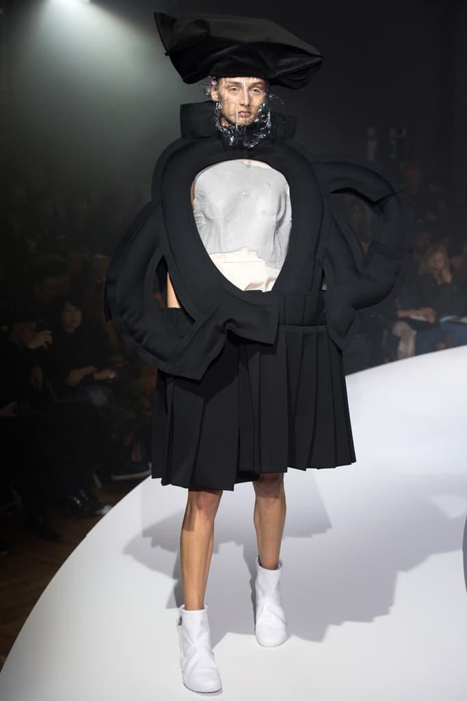 COMME des GARCONS Paris Fashion Week 2017 Spring Summer