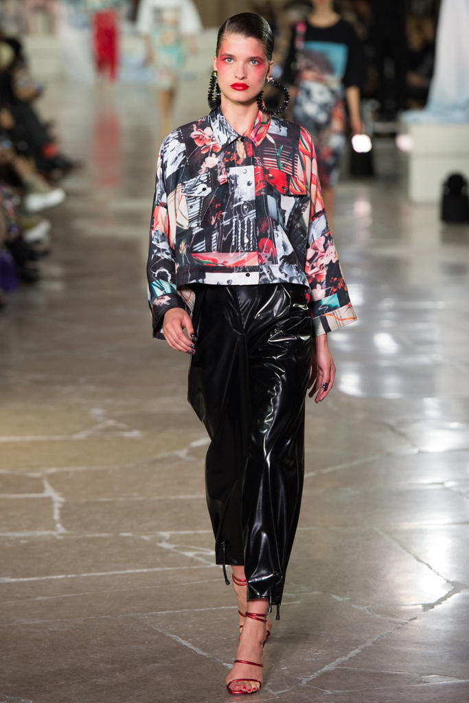 KENZO Paris Fashion Week 2017 Spring Summer