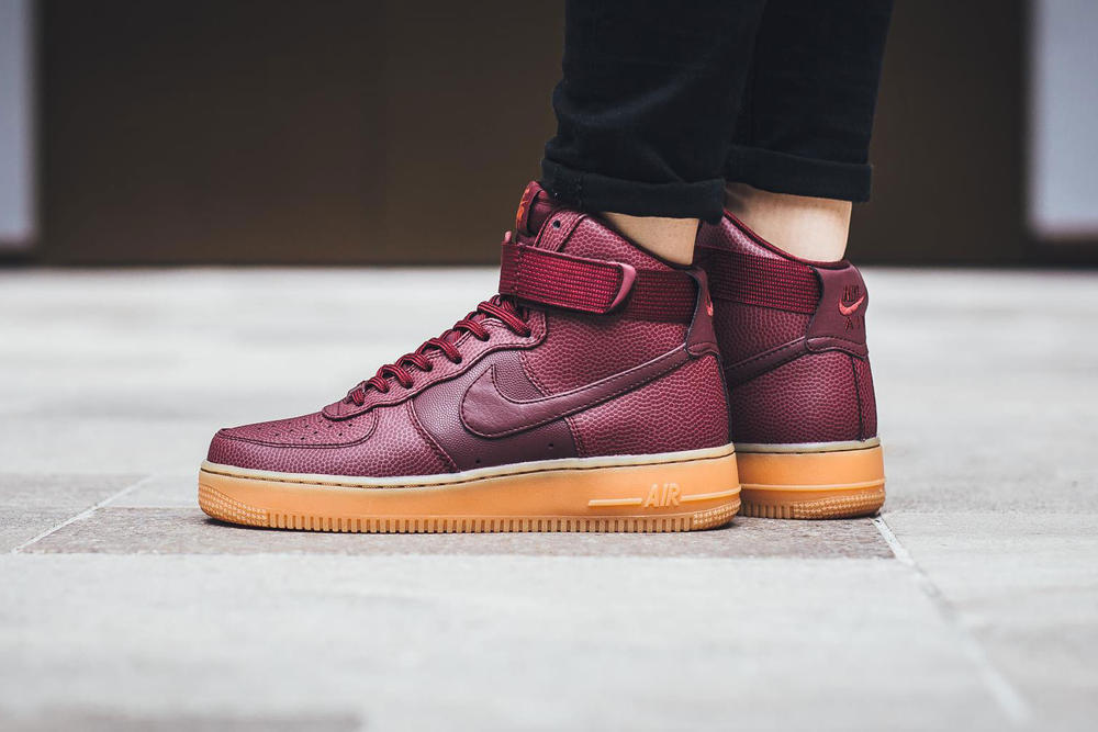 size 40 73471 57619 nike air force 1 hi se night maroon pebbled leather ankle strap gum midsole