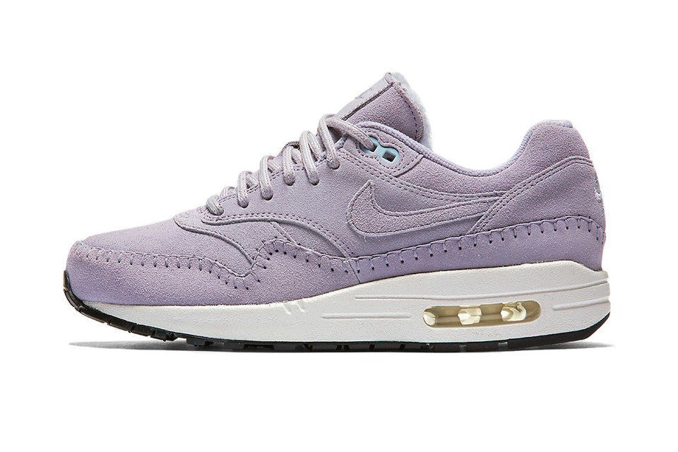 98e9e82da01f38 The Nike Air Max 1 Receives A