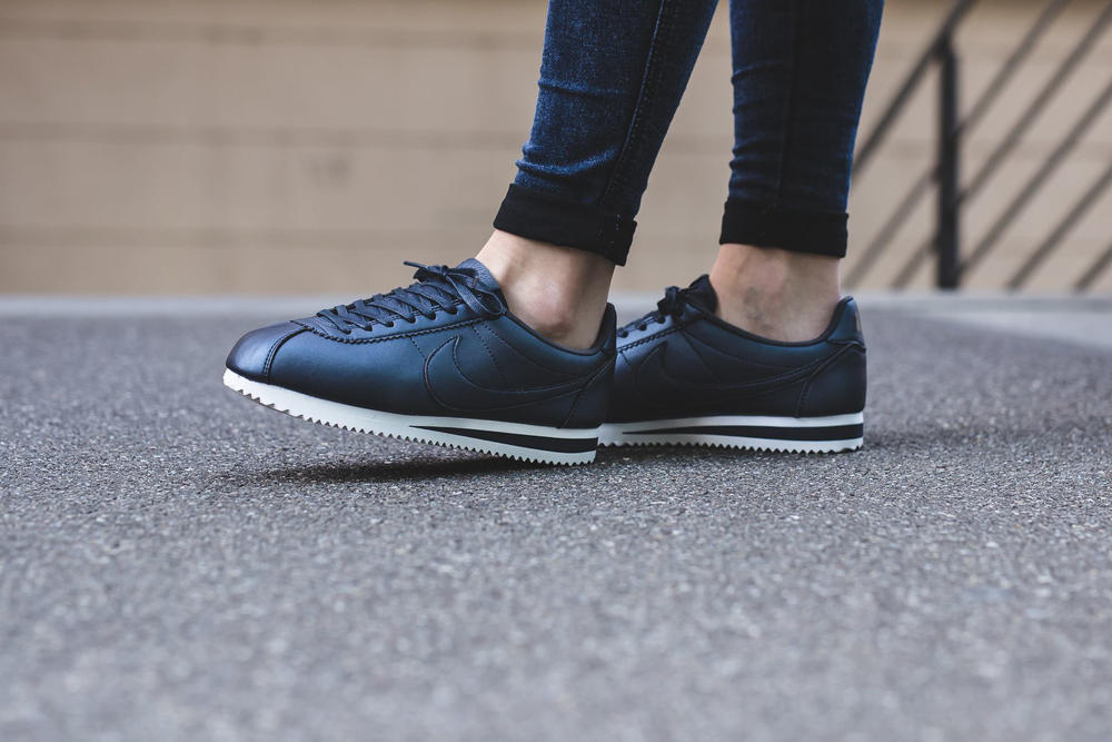 outlet store 2b873 9b21c Nike Classic Cortez Leather Metallic Blue | HYPEBAE