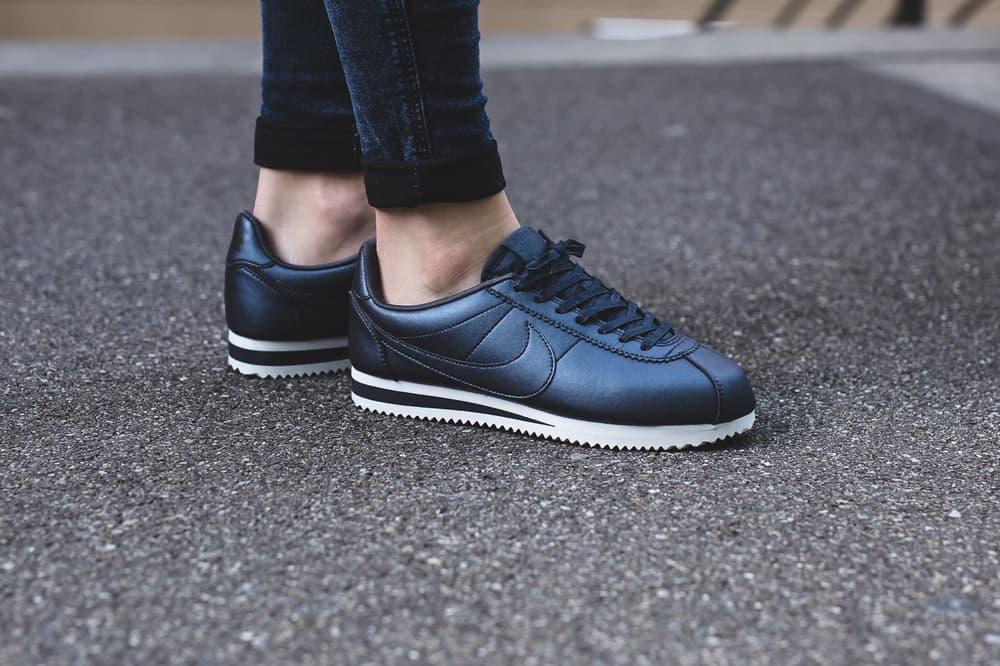 Nike Classic Cortez Leather Metallic Blue