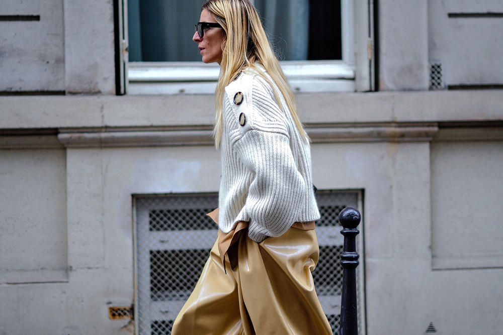 streetsnaps paris fashion week off white vetements a cold wall paccbet balenciaga burberry gucci