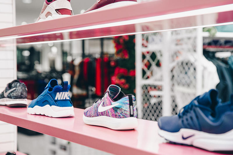 Nike Nordstrom Womens Only Pop Up Store Chicago