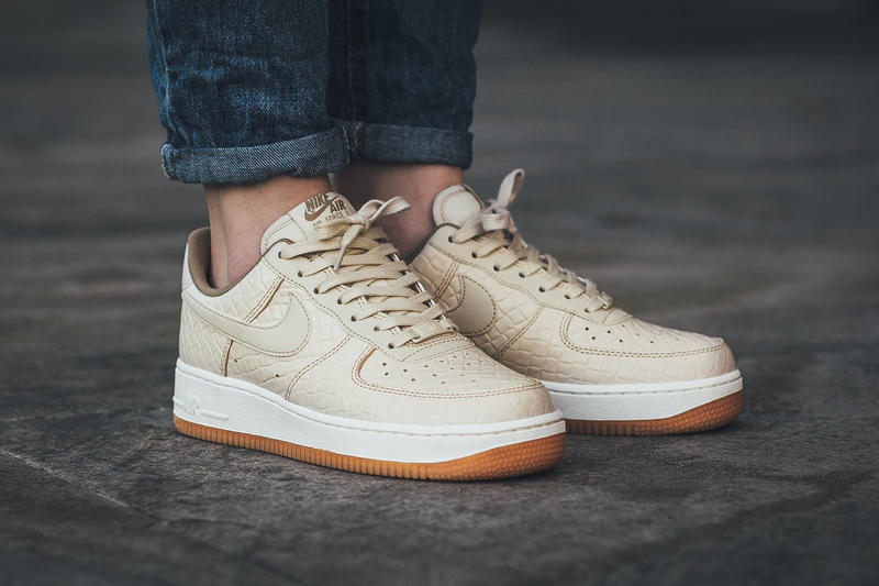 b6191baebb1 Nike Air Force 1  07 Premium In