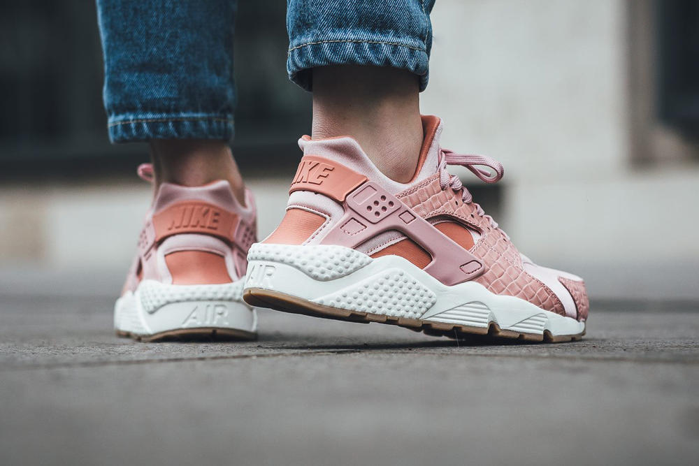 32534c271d64e Nike Air Huarache Run Premium In