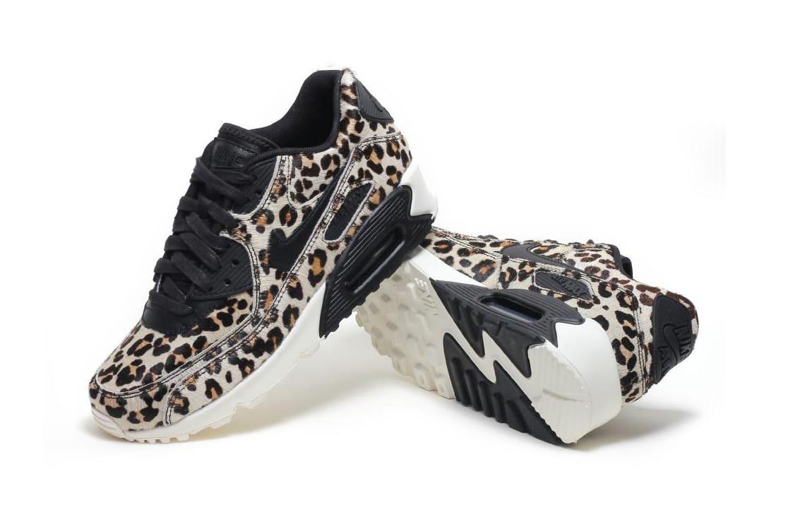 f9a5580cb3fd Air Jordan 1 Worth Nike Lebron 9 Low Easter Edition