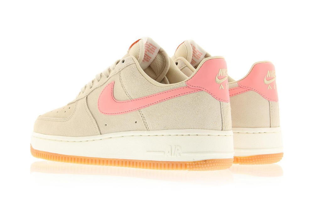 Nike Air Force 1 07 Oatmeal Bright Melon