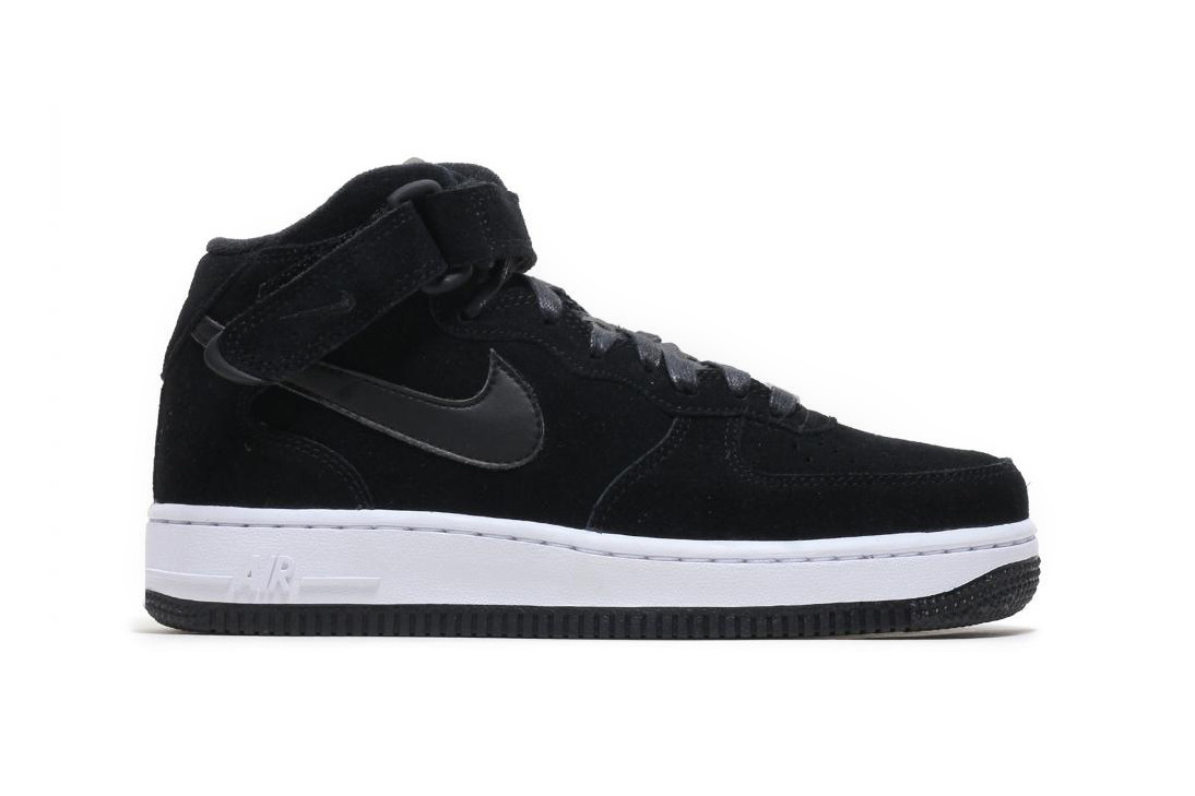 Nike Wraps Air Force 1 Mid '07 in Black