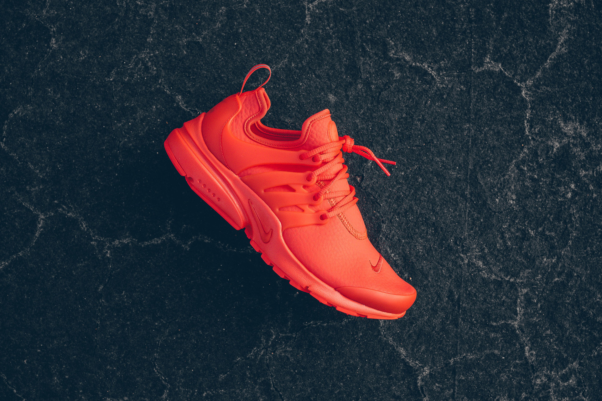 Nike Reveals Blazing Air Presto in Max