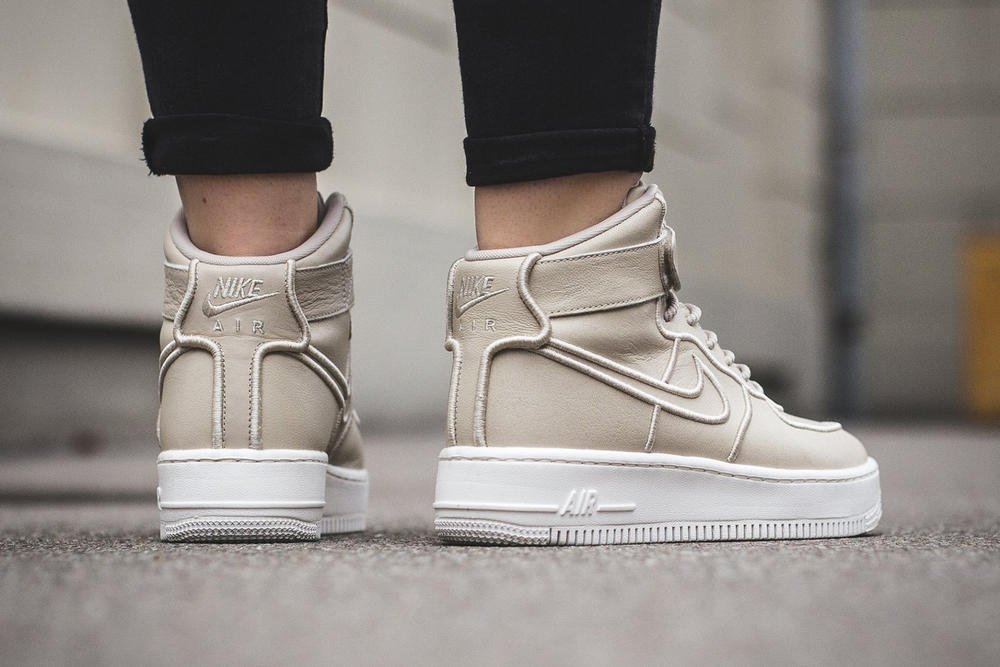 Nike Air Force 1 Upstep Hi and Air Huarache Run Ultra Oatmeal