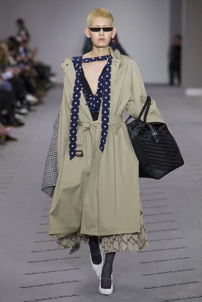 Balenciaga 2017 Fall Winter Paris Fashion Week Demna Gvasalia