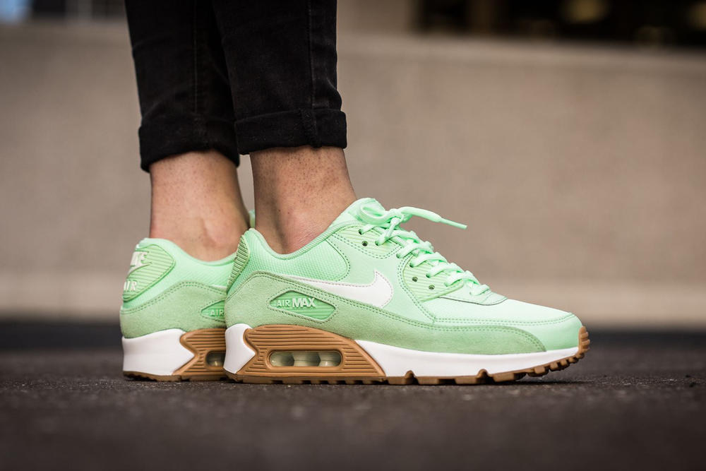 separation shoes 4a431 9d226 Nike Air Max 90 Fresh Mint. Footwear Mar 14, 2017