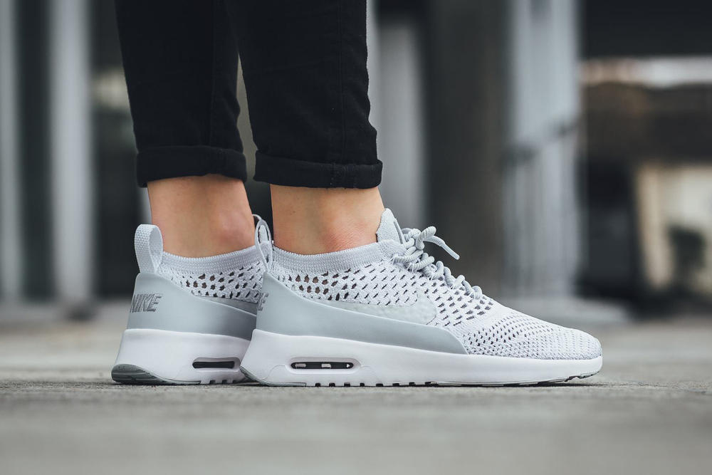the latest 9e366 214ed Nike Air Max Thea Ultra Flyknit Pure Platinum