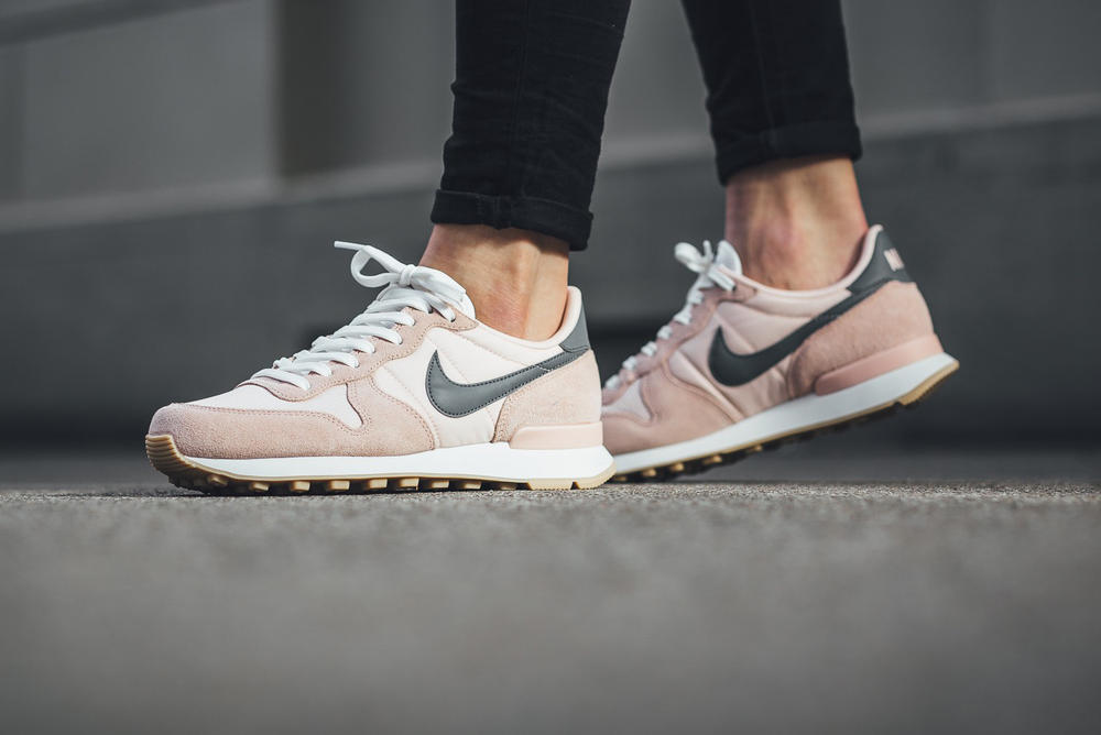 Nike Internationalist Drops in Sunset Tint  a1acc9780