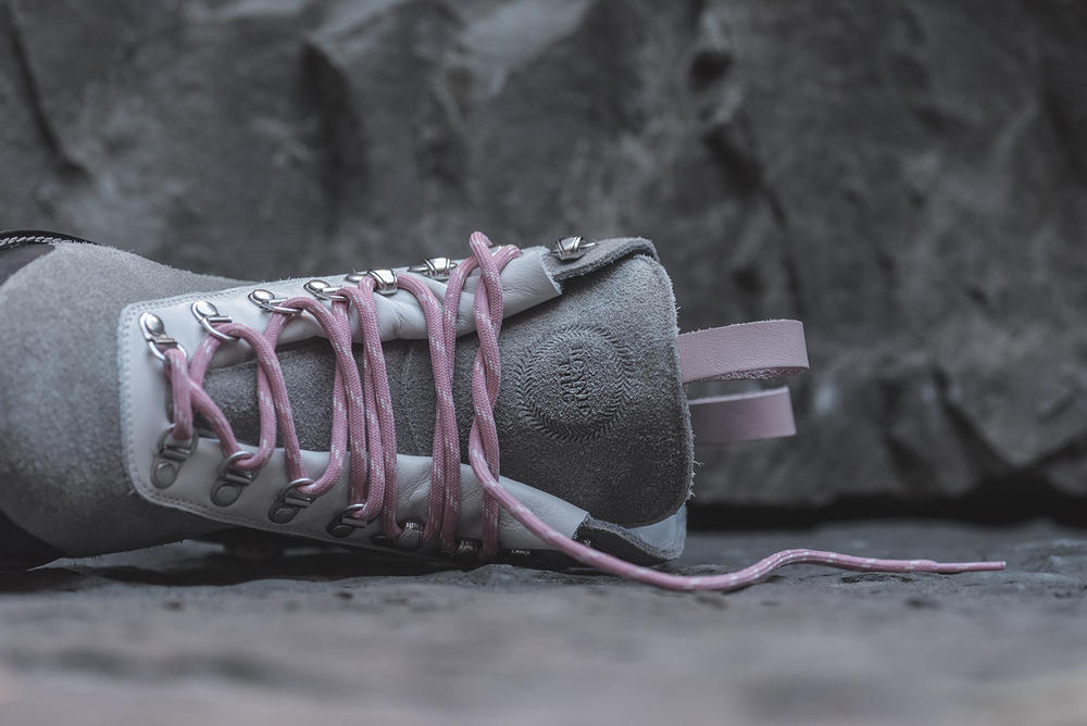 Ronnie Fieg OFF WHITE OFF PALETTE Hiking Boots