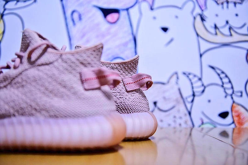 39555d8a1 adidas Originals Yeezy Boost 650 Pink Sample Kanye West