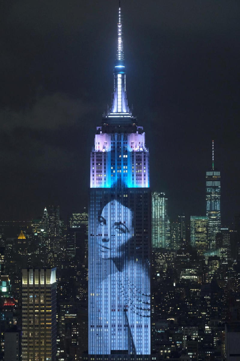 nyc fashion show projection empire state building harpers bazaar tiffany and co