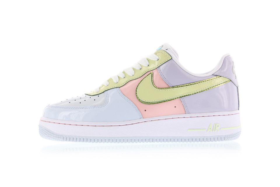 3639e249cf99 Nike Air Force 1 Low Easter Egg 2017 Re-release