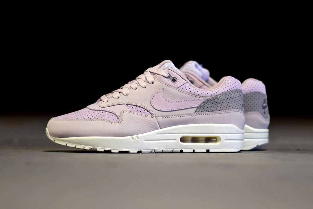 best service f666b afcde Nike Air Max 1 Pinnacle Bleached Lilac
