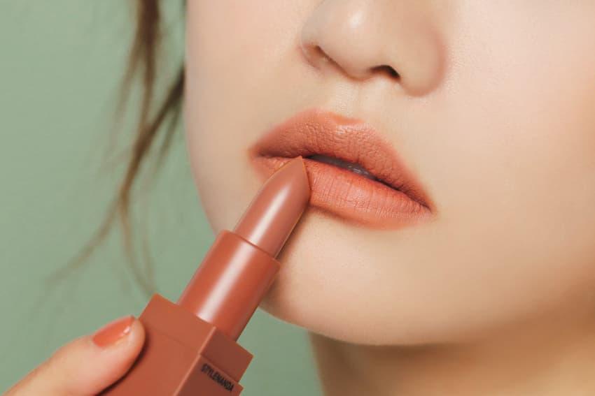 3CE Mood Recipe Nude Lipstick Nail Polish
