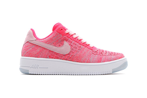 timeless design 758e4 a3ca4 The Nike Air Force 1 Flyknit Low Gives off a