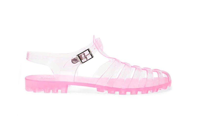 e4ed018cd448 Forever 21 Drops Your Childhood Jelly Sandals