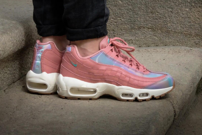 Nike Air Max 95 Red Stardust Iridescent