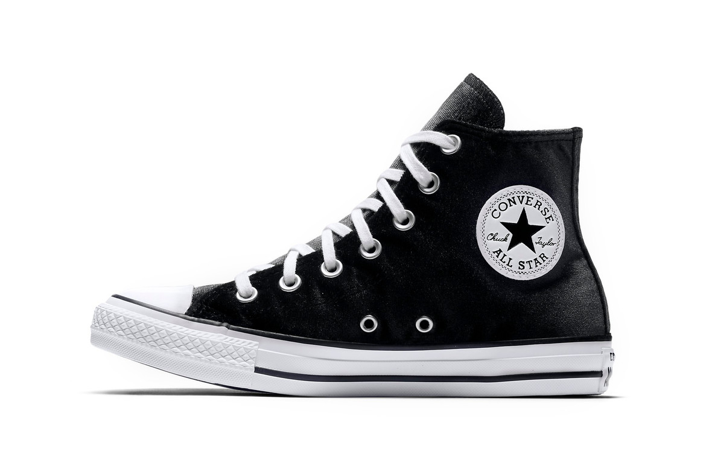 Kenia Lago taupo atravesar  Converse Chuck Taylor All Star Is Black Velvety | HYPEBAE