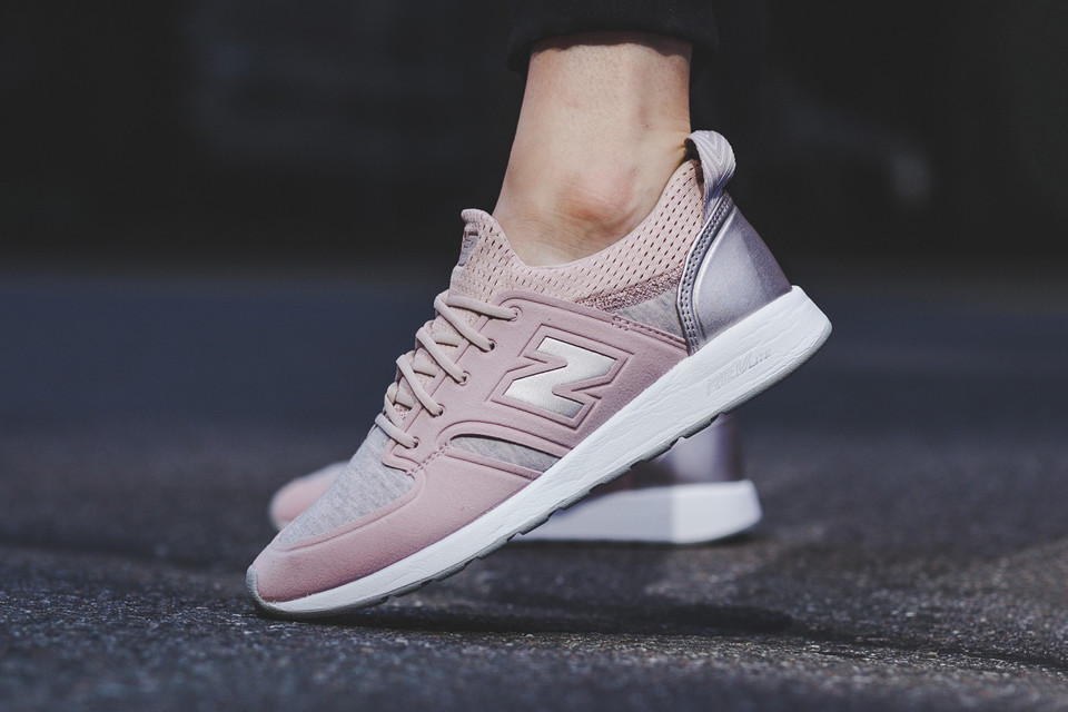 bd676085 New Balance's 420 Glimmers in Light Pink | HYPEBAE