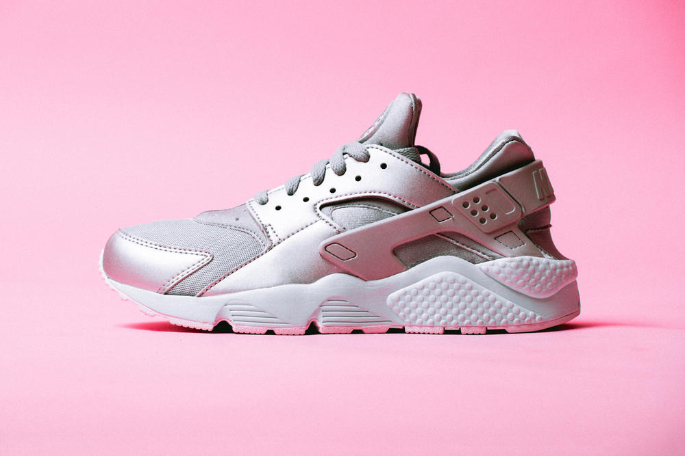 6f905554d176 Nike Air Huarache Run Premium Metallic Silver