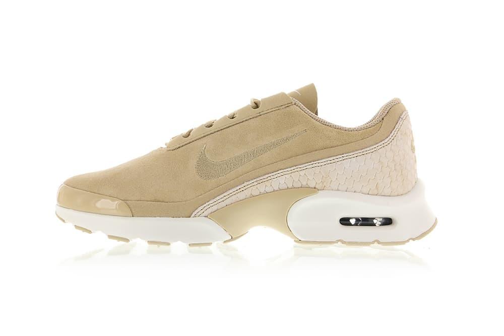 Nike Air Max Jewell Premium Linen