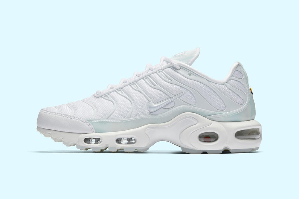 buy popular 39a71 2c4ac Nike Air Max Plus Ultra Ice Blue
