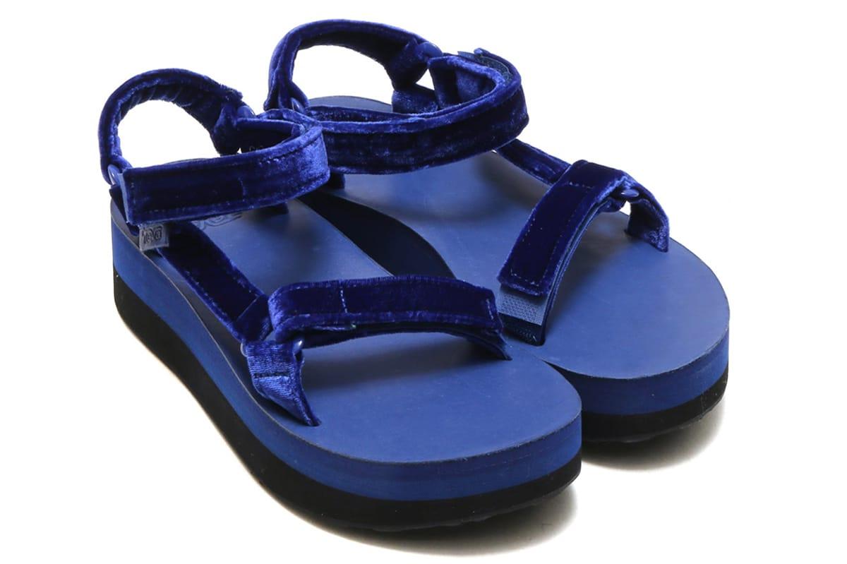 Flatform Universal Velvet Sandals
